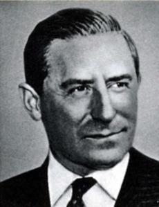 Ares Kedives, Primo Ministro greco, fondatore della Hypothetical Incorporated.