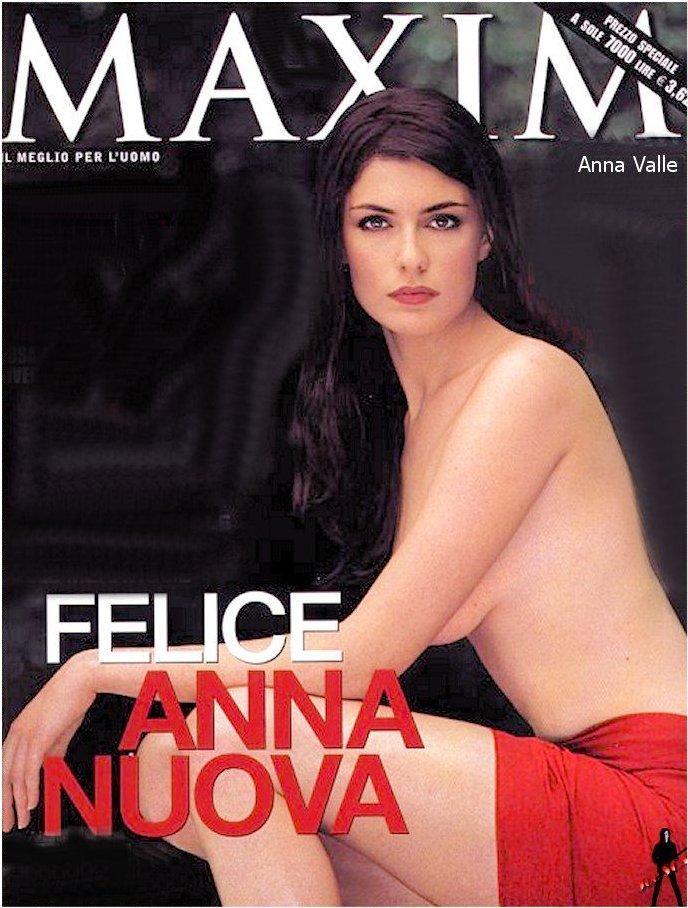 Anna nackt Valle NUDE ITALIAN