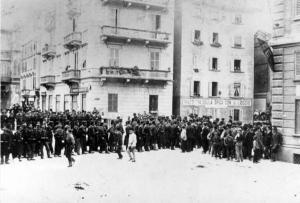 Corso di Porta Venezia occupato dalle truppe di Beccaris.
