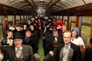 Sul treno si possono fare incontri interessanti.