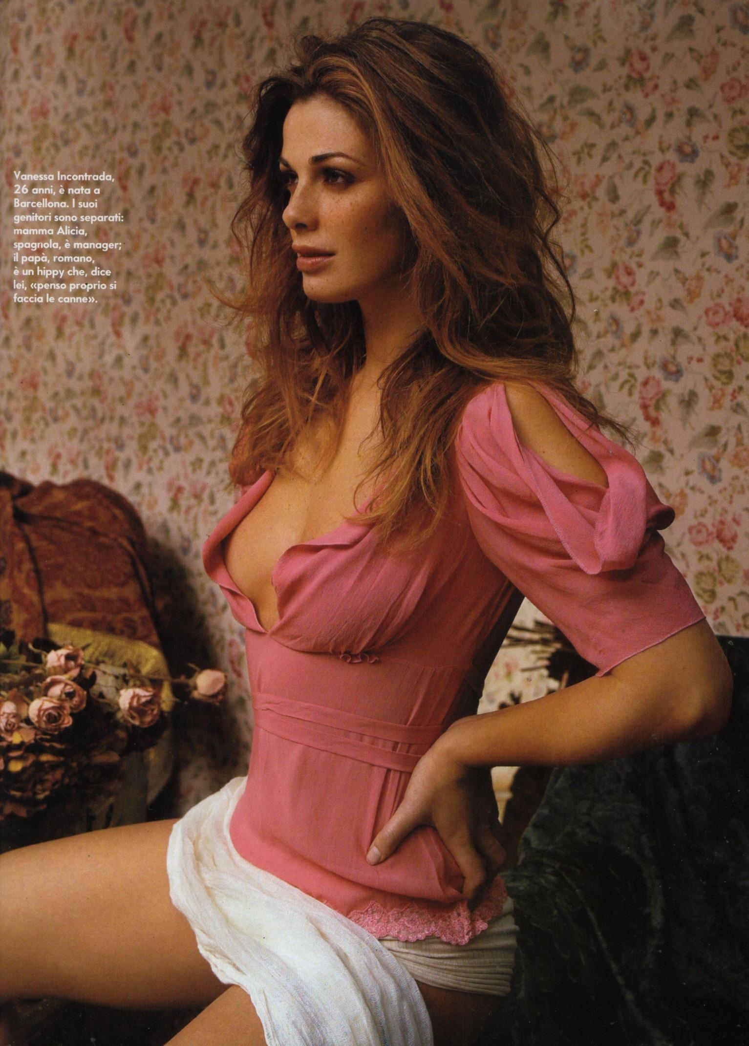 Phat booty latina anal