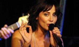 Natalie-Imbruglia-in-conc-001