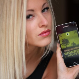 "Jessica Campidell promuove ""Biondin e i Mostri"" (http://www.amazon.it/dp/B00LTY2IW4)"