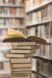 Cumulo di libri