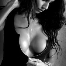 Janina Youssefian 7
