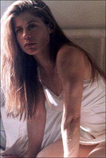 Linda Hamilton 9