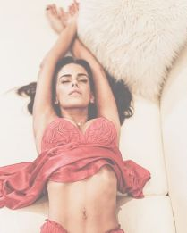 Jessica Lowndes 4