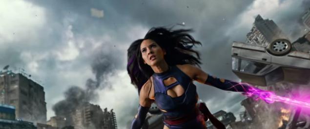 Olivia Munn nei panni di Psylocke.