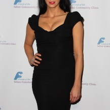 109331, BEVERLY HILLS, CALIFORNIA - Monday 25, 2013. Comedian Sarah Silverman arrives at the Saban Community Clinic 37th Annual Dinner Gala held at The Beverly Hilton Hotel in Beverly Hills. Photograph: © Celebrity Monitor, PacificCoastNews **FEE MUST BE AGREED PRIOR TO USAGE** **E-TABLET/IPAD & MOBILE PHONE APP PUBLISHING REQUIRES ADDITIONAL FEES** LOS ANGELES OFFICE: +1 310 822 0419 LONDON OFFICE: +44 20 8090 4079