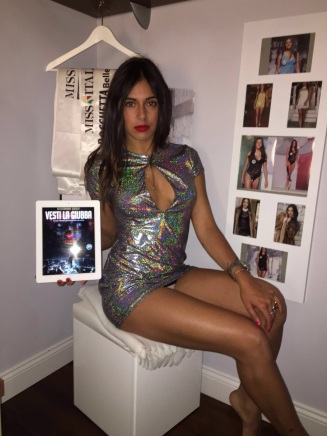 "Alexia Lapolla promuove ""Vesti la Giubba"" - http://www.amazon.it/dp/B01F5KXJHK"