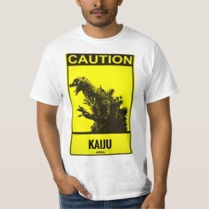 """La maglietta """"kaiju danger""""."""
