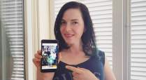 "Kitty Queen promuove ""Noi siamo la Gente"" - http://amzn.to/28XEsMS"