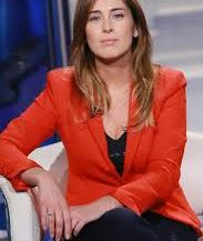 "Maria Elena Boschi interpreta se stessa, in ""Grexit Apocalypse"" (http://www.amazon.it/dp/B018MD0POW)"