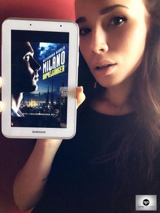 "Jessica Fiammetta promuove ""Milano Doppelganger"" (http://amzn.to/2uUpnez)"
