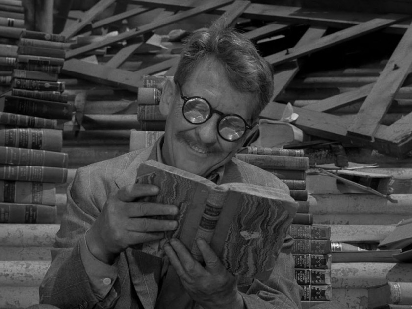 Twilight Zone - Time Enough At Last - Burgess Meredith 02