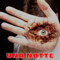 Una notte all'outlet - https://amzn.to/3o7qeQB